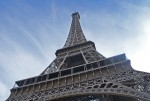 eiffel-tower-1049909_1920